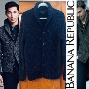 NWOT BANANA REPUBLIC SHAWL CABLE KNIT CARDIGAN M